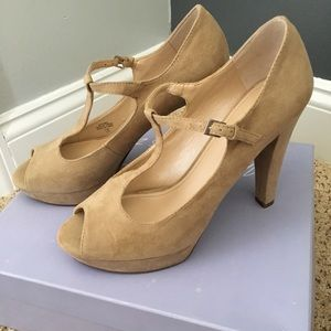 Never worn Marc Fisher T-strap pumps